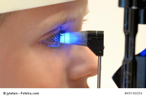 Augenuntersuchung beim Kind
